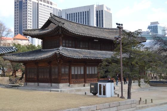 Temples inside Deoksu Palace