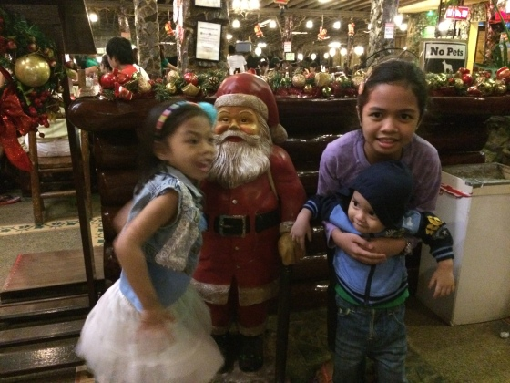 Kiddos and mini Santa