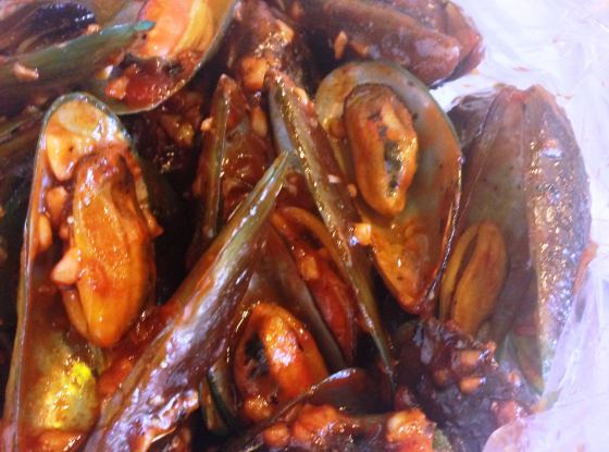 Mussels in Cajun Sauce (P160/ 100 grams), cooked in dried herbs, spices and chilli.